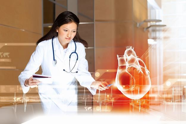 Lekarze będą uczyć się leczenia na wirtualnych symulatorach /©123RF/PICSEL