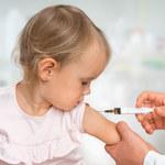 Lekarze: Dzieci chorują na grypę trzy razy częściej niż dorośli