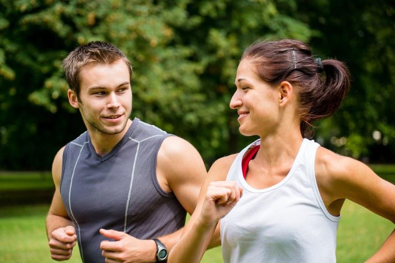 Lekarze nieustannie namawiają nas do większej aktywności fizycznej /123RF/PICSEL