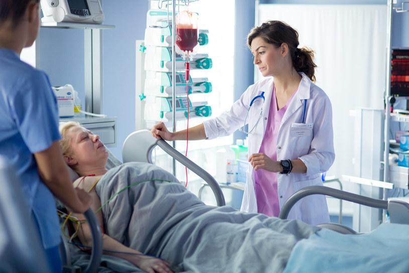 Lekarze ustalą, że guz się nie rozrasta i natychmiastowa operacja nie jest konieczna /x-news/ Piotr Litwic /TVN