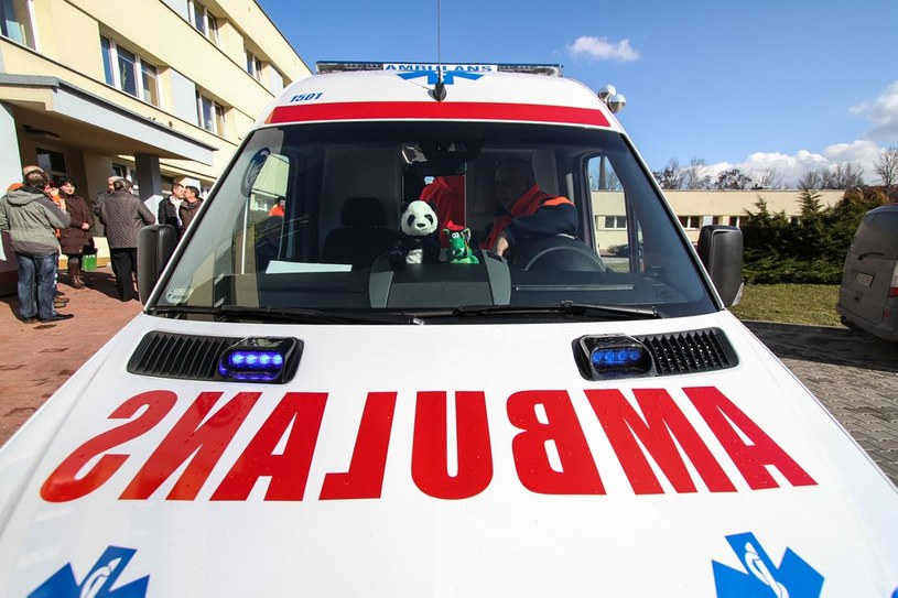 Lekarze zasugerowali przetransportowanie pacjenta do innej placówki. Chłopiec zmarł, zdj. ilustracyjne /Jan Graczyński /East News