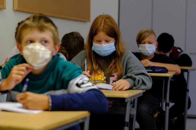 Lekcja w czasie pandemii koronawirusa /GRZEGORZ PRESS/REPORTER /East News