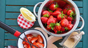 Lekka sałatka z truskawkami
