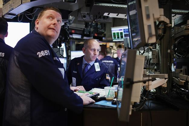 Lekkie spadki na zamknięciu sesji na Wall Street /AFP
