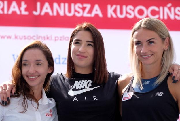 Lekkoatletki (od lewej): Sofia Ennaoui, Ewa Swoboda i Justyna Święty-Ersetic / Andrzej Grygiel    /PAP/EPA