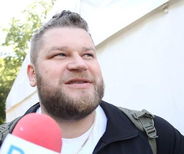 Lekkoatletyka. Paweł Fajdek: Nie da się tu rzucać daleko. Wideo