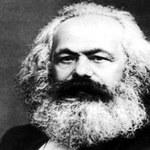 Lektura Koranu i dowcipy o Marksie ze światowym głodem w tle