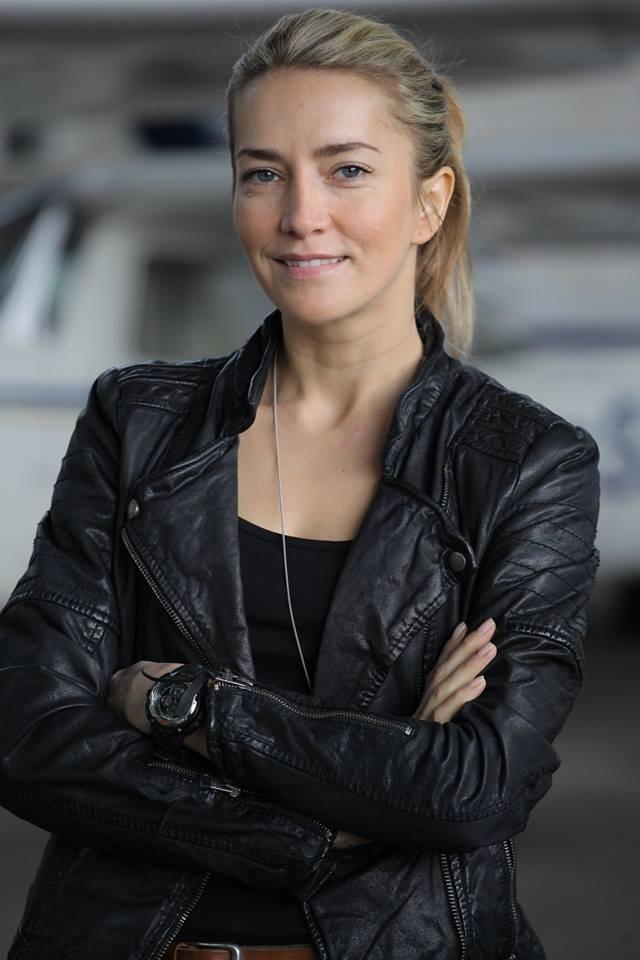 Lena Korcz (Kamilla Baar) będzie rządzić wydziałem silną ręką, trzymając podwładnych na dystans. /Facebook - Maciej Twaróg /materiały prasowe