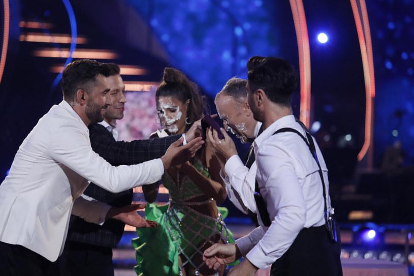 Lenka i Bogdan zakończyli taniec z twarzami ubrudzonymi kremem z tortu. To się nazywa poświęcenie! /Piotr Molecki
