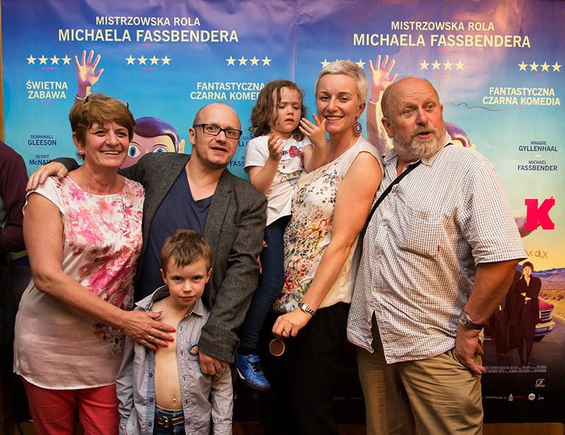 Lenny Abrahamson z rodziną podczas spotkania w krakowskim kinie Agrafka /Grzegorz Targosz /materiały prasowe