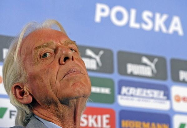 Leo Beenhakker na konferencji podsumowującej Euro 2008. /AFP