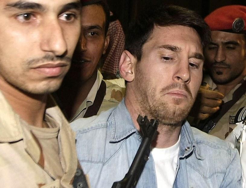 Leo Messi i ochroniarze w Arabii Saudyjskiej /AFP