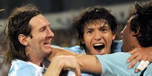 Leo Messi i spółka - finaliści turnieju olimpijskiego /AFP