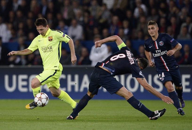 Leo Messi kontra Thiago Motta i Marco Verratti /AFP