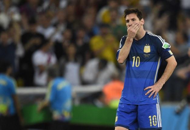 Leo Messi rozmyśla nad decyzją władz Rosario /AFP