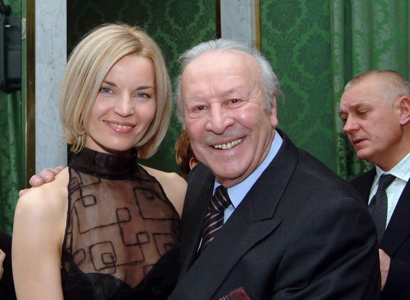 Leon Niemczyk i Małgorzata Formeniak, Gala Telekamer, 2003 rok /Piotr Fotek/REPORTER /East News