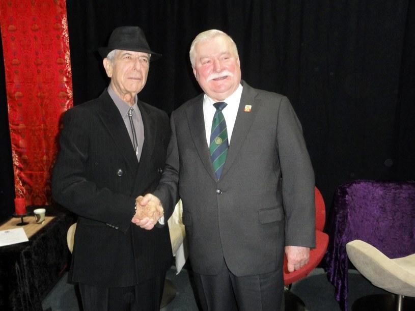 Leonard Cohen i Lech Wałęsa w Warszawie w 2010 r. /fot. Daniel Wyszogrodzki /East News