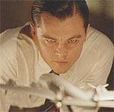 """Leonardo DiCaprio jako Howard Hughes w filmie """"Aviator"""" /INTERIA.PL"""