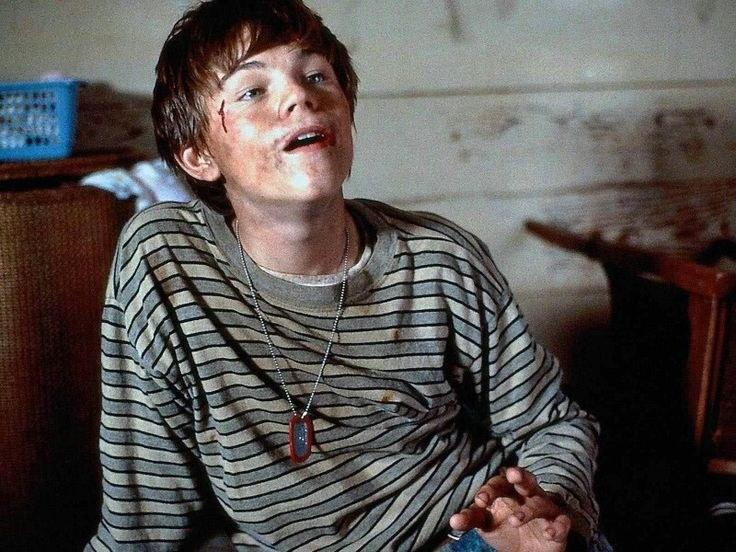 """Leonardo DiCaprio w filmie """"Co gryzie Gilberta Grape'a?"""" /materiały dystrybutora"""