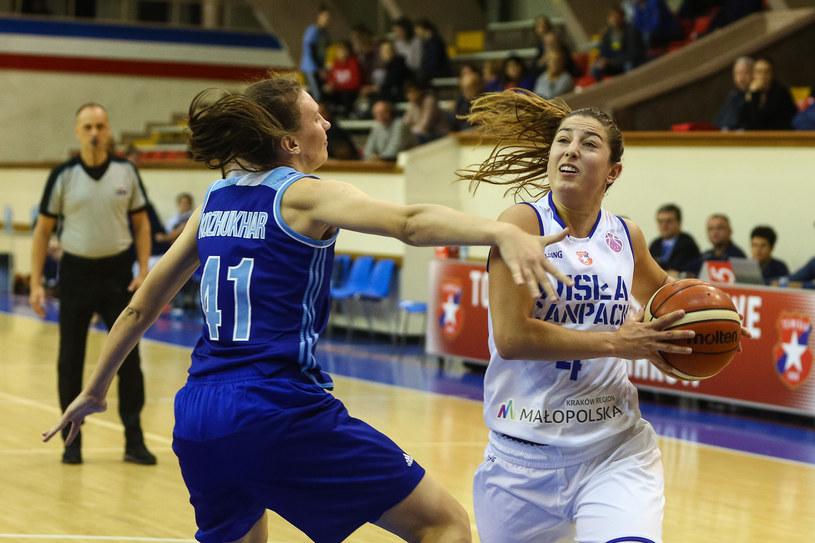 Leonor Rodriguez (z piłką) /Anna Kaczmarz /East News