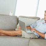 Lepiej nie trzymaj laptopa na kolanach