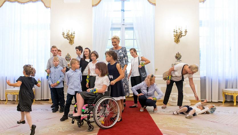Lepsze Jutro z RMF FM. Wychowankowie domu dziecka w Inowrocławiu odwiedzili Pałac Prezydencki