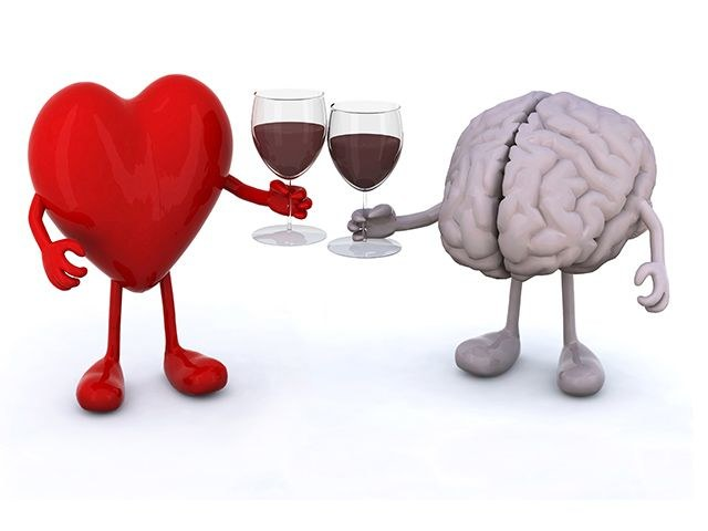 Lepsze myślenie po alkoholu /© Photogenica