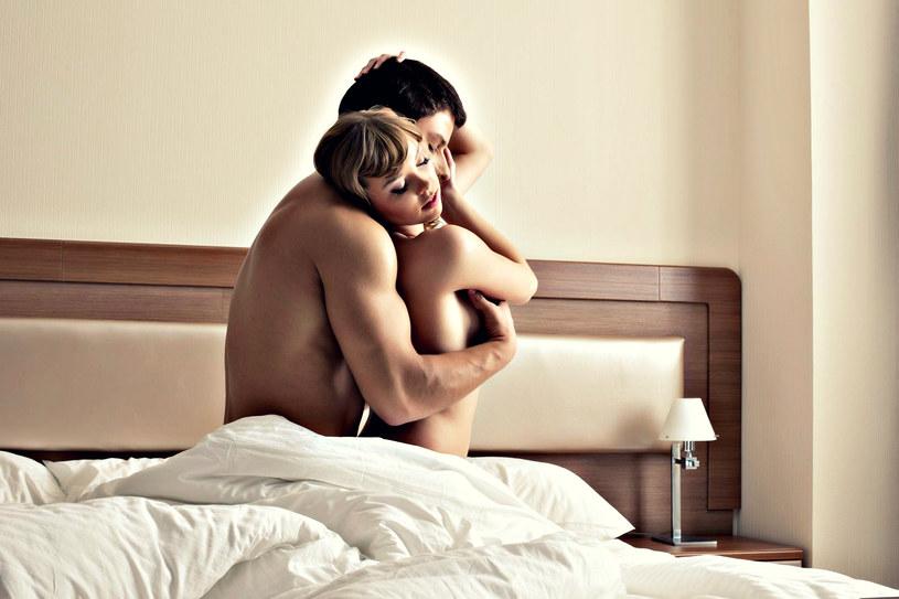 Lepszy seks oznacza, że w łóżku lądować będziesz częściej /123RF/PICSEL