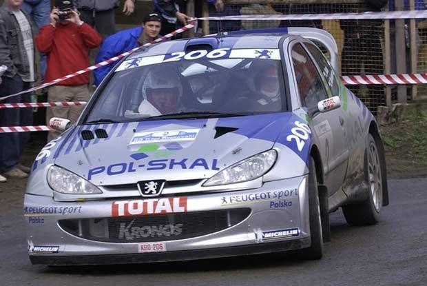 Leszek Kuzaj w Peugeocie 206 WRC /INTERIA.PL