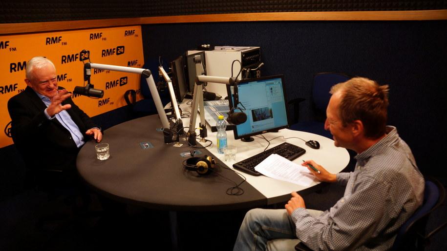 Leszek Miller i Konrad Piasecki w studiu RMF FM /Michał Dukaczewski /RMF FM