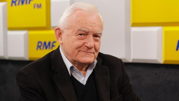 """Leszek Miller o """"Piątce Kaczyńskiego"""": Rozróżniam politykę rozdawnictwa od polityki socjalnej"""