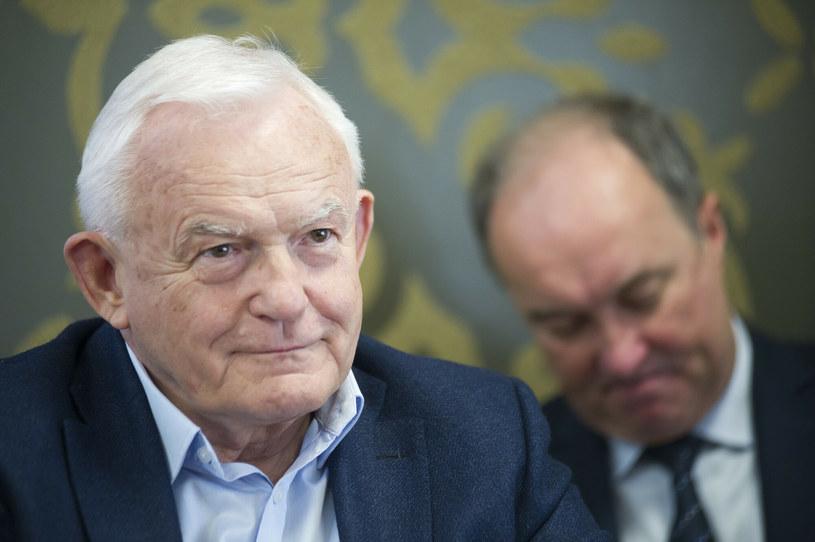 Leszek Miller skomentował rozmowy Lewicy z PiS /Wojciech Stróżyk /Reporter