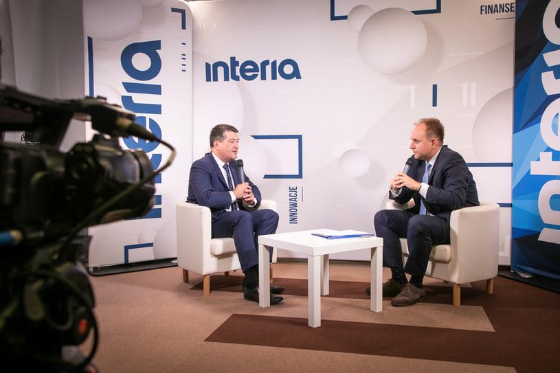 Leszek Skiba, prezes Banku Pekao w studiu Interii na Forum Wizja Rozwoju w Gdyni. /Fot. Ireneusz Rek /INTERIA.PL