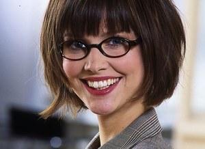 Letni makijaż gdy nosisz okulary