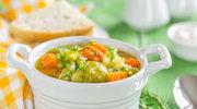 Letnia zupa jarzynowa z ryżem