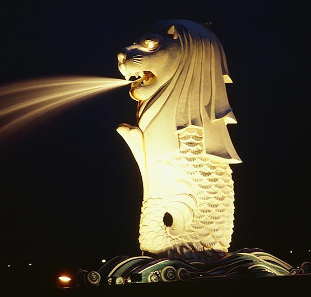 Lew Merlion - symbol Singapuru /poboczem.pl