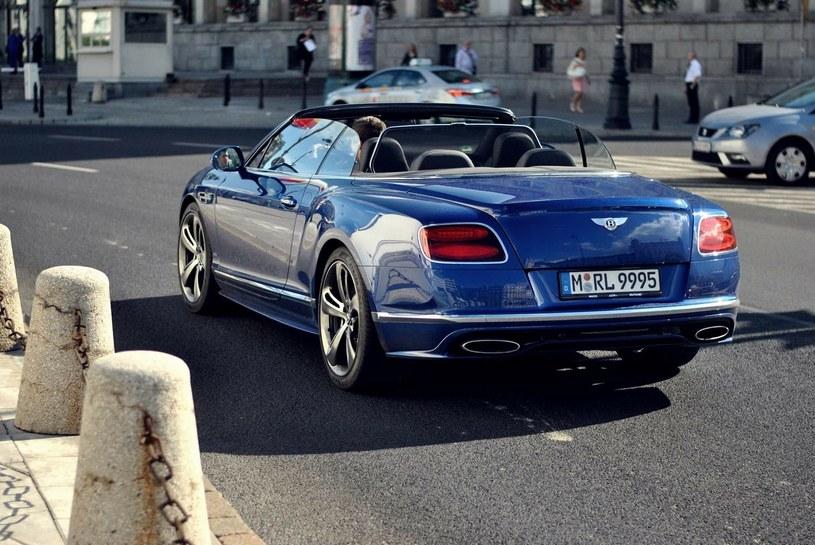 Lewandowski i jego Bentley na ulicach Warszawy / Fot: AutoClub Warsaw /