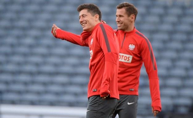 Lewandowski i Krychowiak nominowani do Drużyny Roku UEFA: Sprawdź, jak na nich zagłosować!