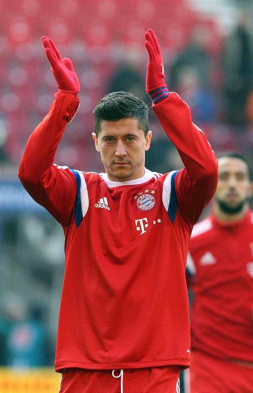 Lewandowski zyskał finansowo na przejściu do Bayernu /AFP