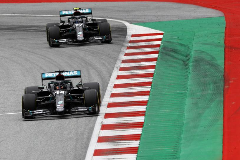 Lewis Hamilton i Valtteri Bottas /Pool Reuters/Associated Press/ /East News