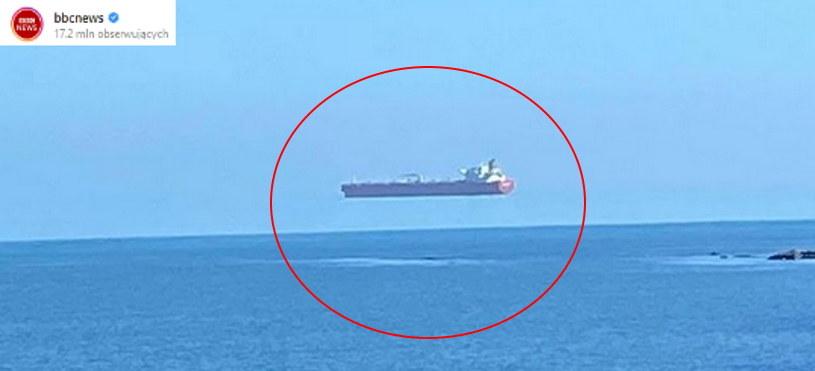 """""""Lewitujący statek"""" - jaka historia stoi za tym zdjęciem? Fot. Instagram /materiał zewnętrzny"""