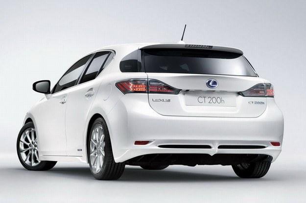 Lexus CT 200h /