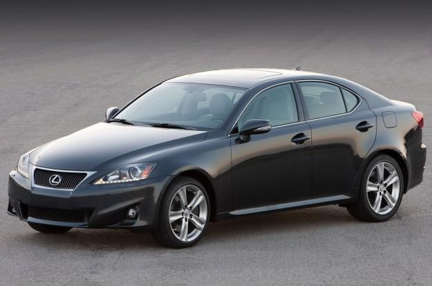 Lexus IS - nr 1 na liście najczęściej dewastowanych /