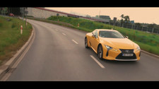 00098EWOC98FGYJS-C307 Lexus LC 500 na filmie