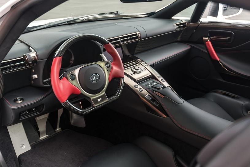 Lexus LFA /