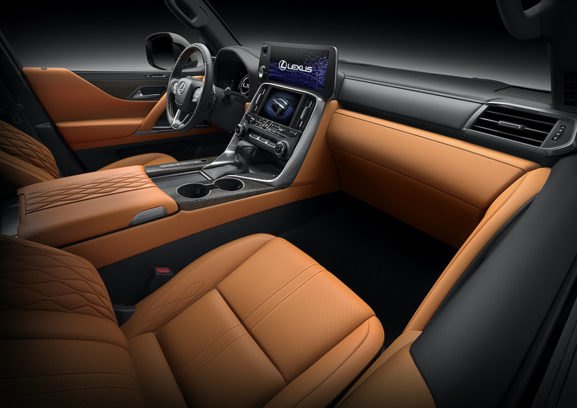 Lexus LX /