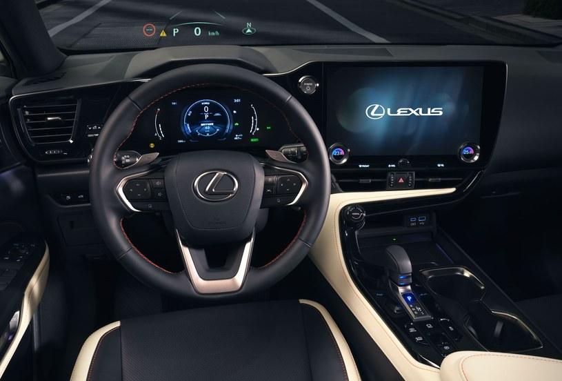 Lexus NX /