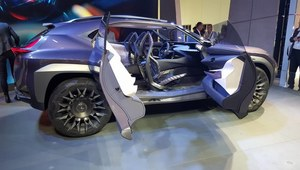 Lexus UX Concept - wyjątkowo futurystyczny