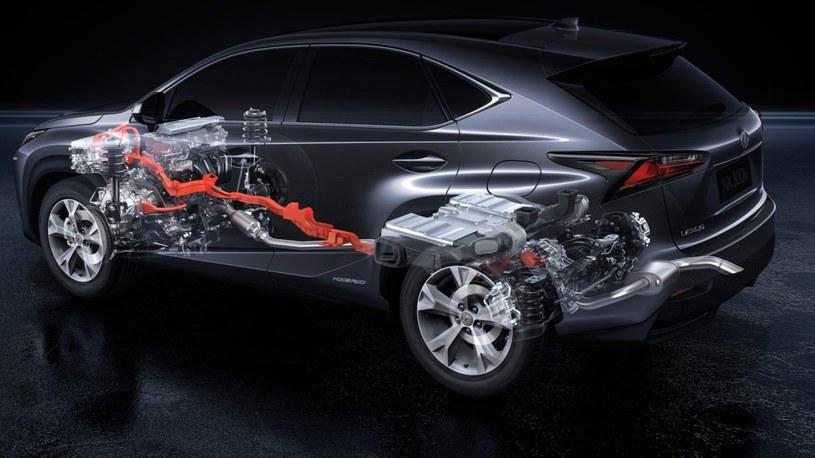 Lexus wszystkie swoje modele oferuje także w wersjach hybrydowych /materiały prasowe