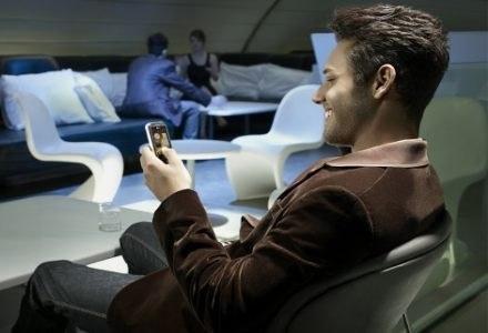 LG Arena - nowy, zaawansowany telefon dotykowy LG /materiały prasowe